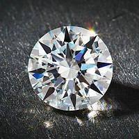 Фианит – популярный искусственный минерал в производстве позолоченных украшений