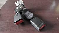 BHS257720  Ответная часть ремня безопасности в отличном состоянии