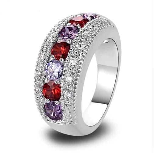 Серебряное кольцо, Ободок, с камнями куб. цирконий, размер 19