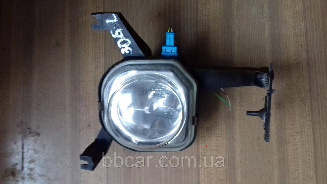 Додаткові, протитуманні фари Peugeot 306 Bosch 0 305 054 011 ( L )