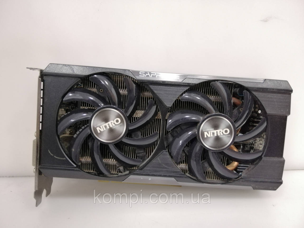 Видеокарта SAPPHIRE Radeon R9 370 4GB  PCI-E HDMI DX12