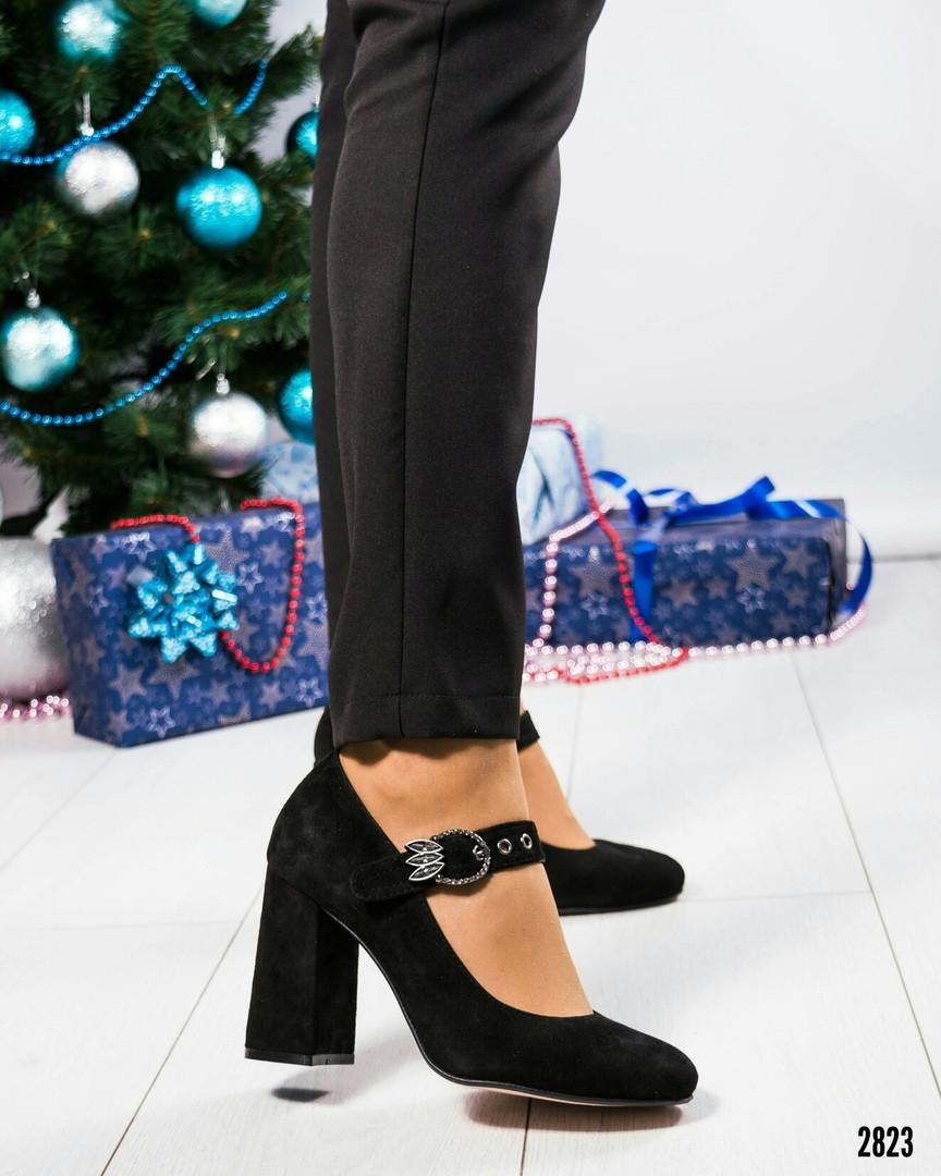 Туфли женские с пряжкой черные