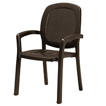 Пластиковые стулья и кресла