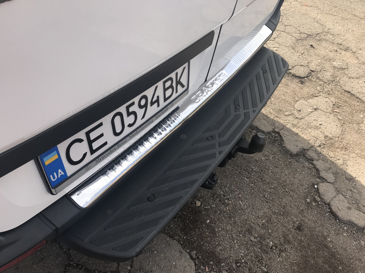 Накладка на задній бампер Глянцевий (Carmos, сталь) - Volkswagen Crafter 2006-2017 рр.