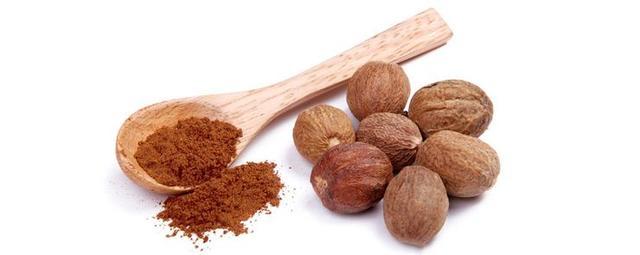 мускатный орех как специя для добавления в кофе