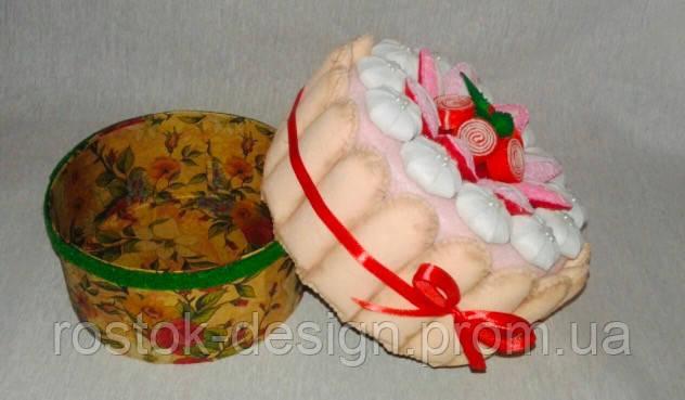 Подарочный торт-шкатулка из фетра