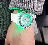 Часы женские светящиеся со стразами кварцевые белые, фото 4