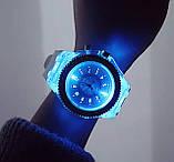 Часы женские светящиеся со стразами кварцевые белые, фото 6