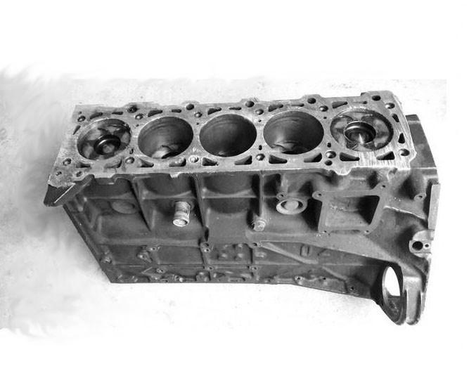 Блок двигателя б/у Volkswagen LT35/T4 2,5TDI