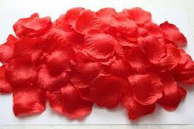 Штучні пелюстки троянд, червоні