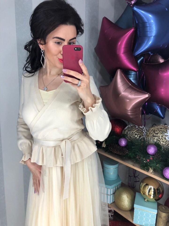 Платье с кофточкой нежного цвета