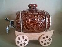 Бочка винная на телеге коричневая 3,5 л
