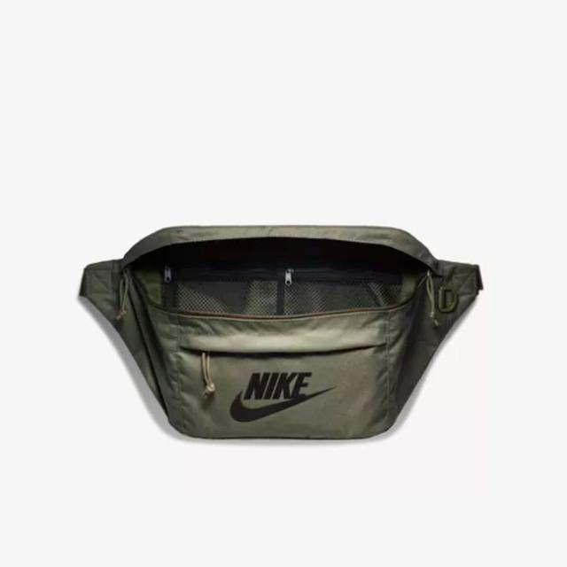 Поясная сумка NIKE | оливковый
