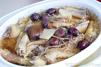 Куринный суп с женьшенем