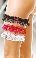 Подвязка на ногу чёрного, белого или красного цвета