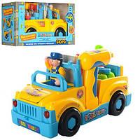Грузовик - конструктор с крупными деталями для детей от 1 года, в наборе инструменты, водитель и машинка