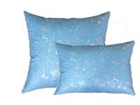 Пухова подушка (наповнювач: пух/перо 10% на 90%) у двох кольорах. Чотири розміри. Блакитний з блиском.