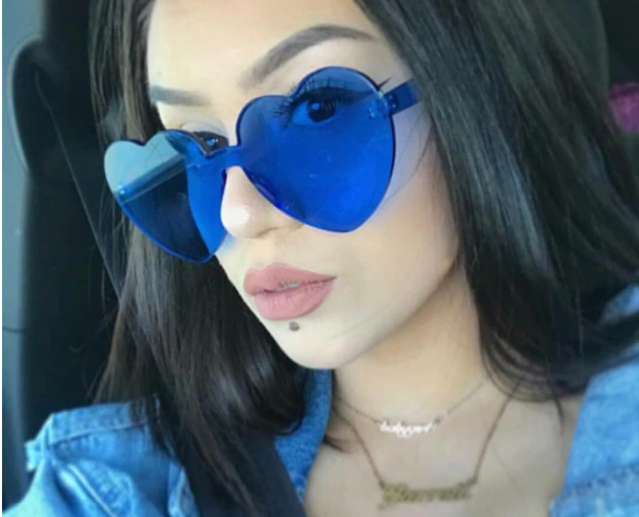 Солнцезащитные очки без оправы в форме сердец, синие