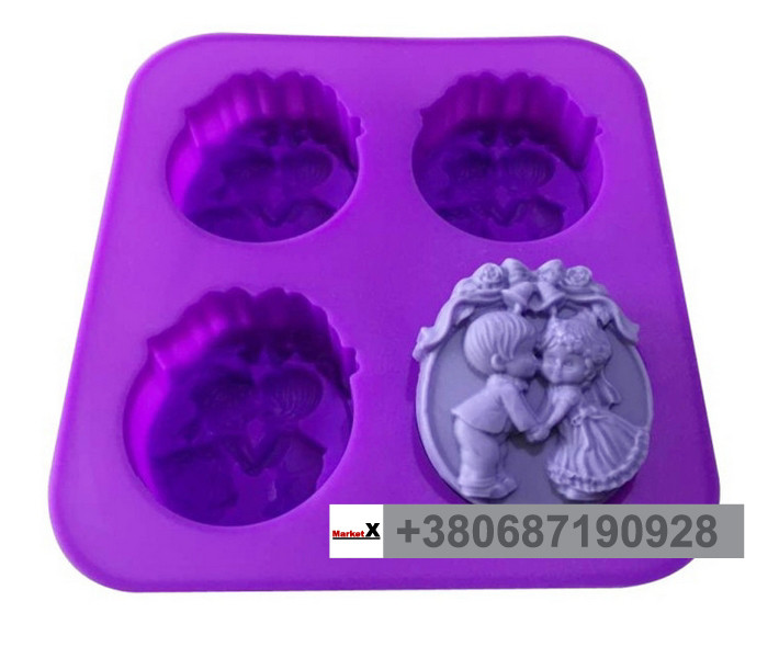 Пищевая силиконовая форма круглая, девочка и мальчик