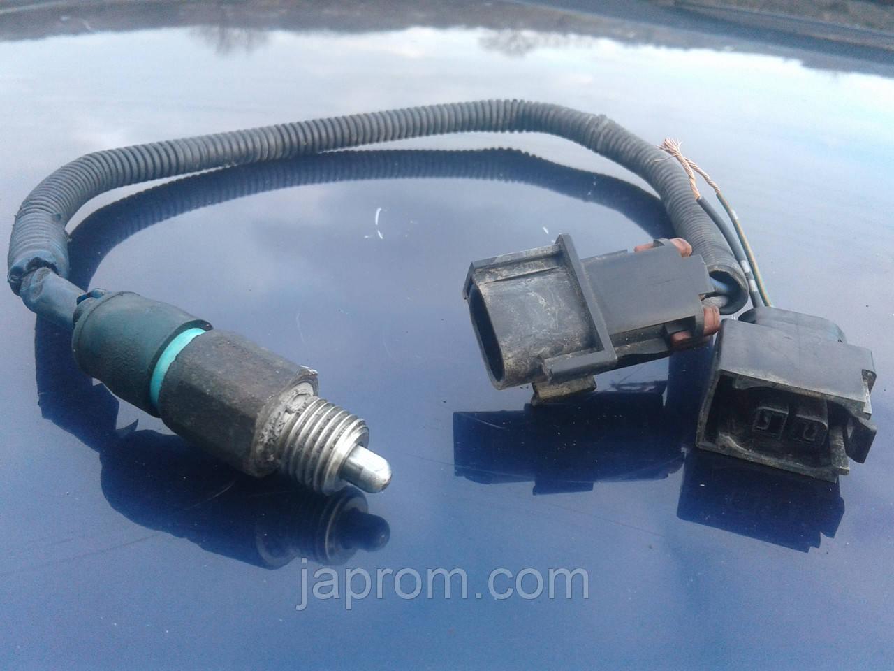 Датчик нейтральной передачи Nissan P10/11