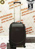 Маленький пластиковый черный дорожный чемодан на 4 колесах фирма  WINGS одесса