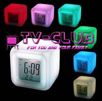 Часы кубик куб с подсветкой, будильником, календарём, термометром