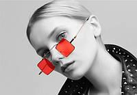 Красные солнцезащитные очки квадратной формы, золотая оправа