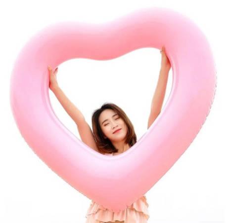 Надувное сердце 90*80см! Плавательный круг для пляжа и бассейна!, фото 2