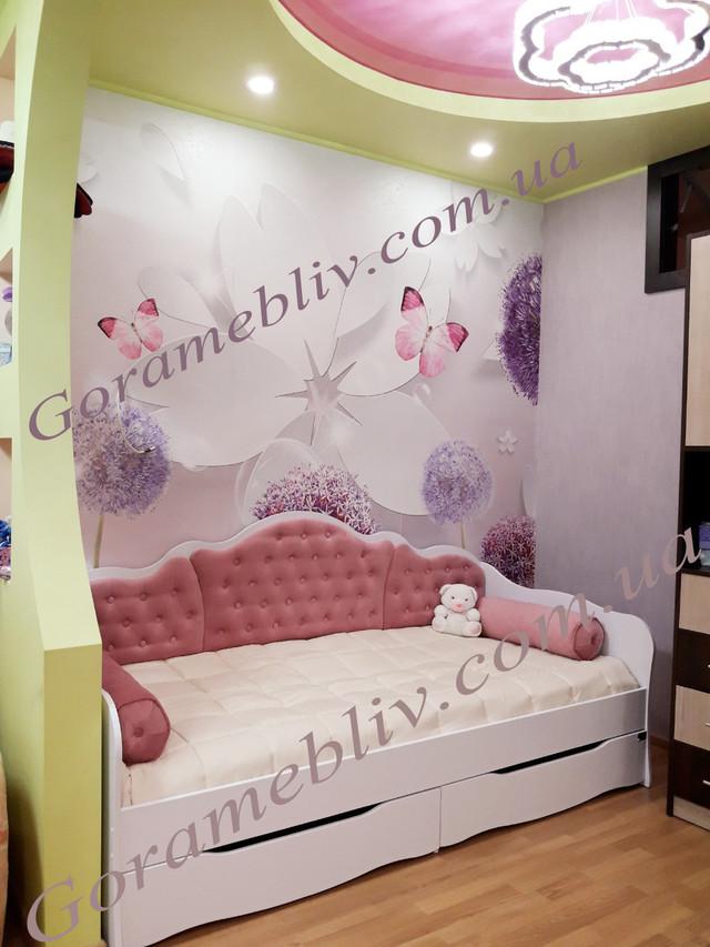 На фото: кровать 6 Лион в интерьере
