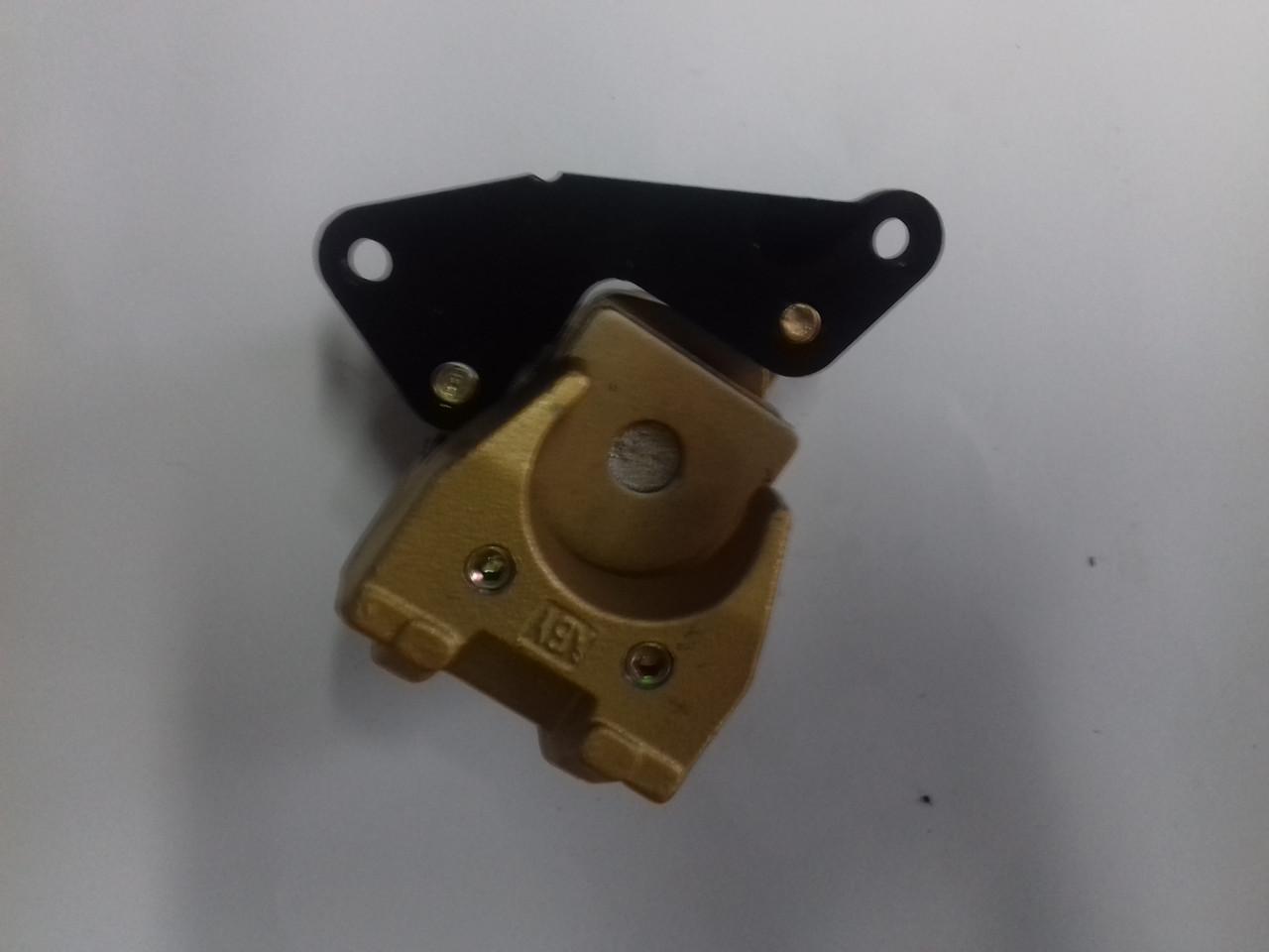 Суппорт тормозной передний однопоршневой Honda DIO, TACT LIPAI