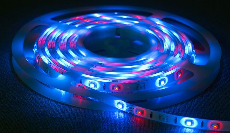 Світлодіодна стрічка 3528 RGB 60LED/m IP20 негерметична