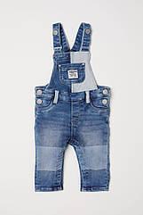 Модный джинсовый комбинезон для мальчика H&M, полукомбинезон для малыша 9-12 мес/80 см