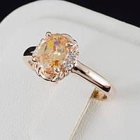Взрачное кольцо с кристаллами Swarovski, покрытие золото 0500