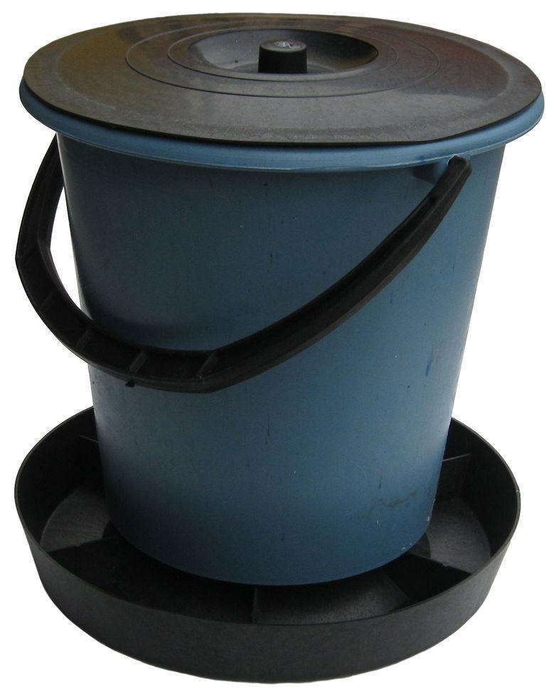 Кормушка для птицы на 8 литров (ЧП КВВ)