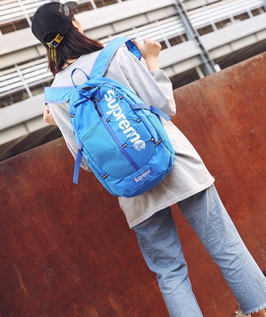 Рюкзак  чёрный Supreme
