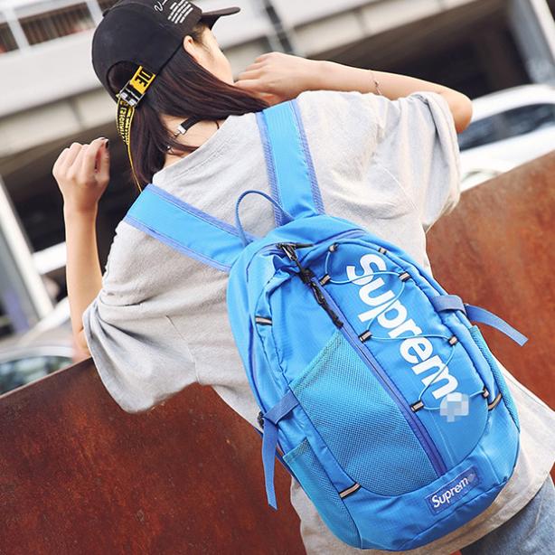 Рюкзак голубой модный Supreme