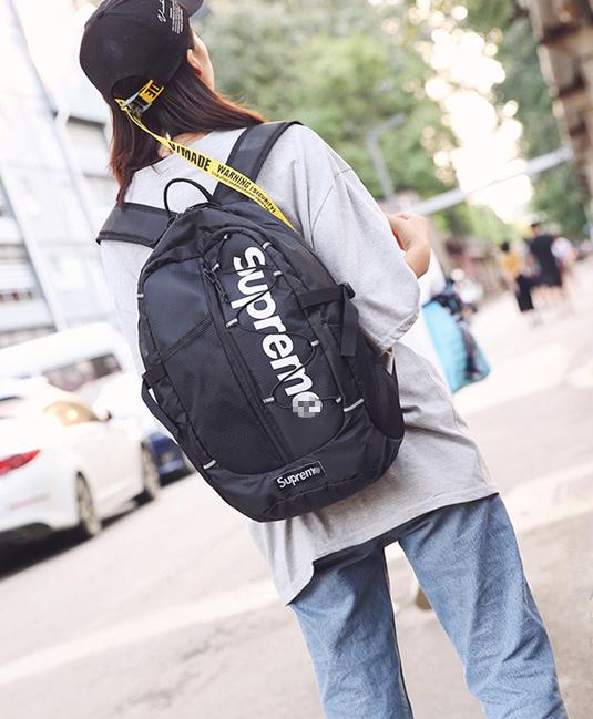 Рюкзак классный  Supreme чёрный