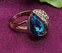 Интересный и привлекательный дизайн позолоченного 18 к перстня три цвета камня