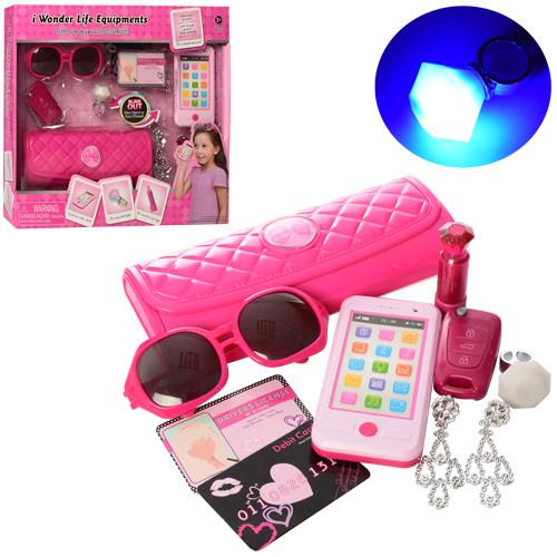 Набор аксессуаров BE1360 (18шт) сумочка,очки,брелок,украшения,телефон-зв,св,в кор-ке,34-31-6,5см