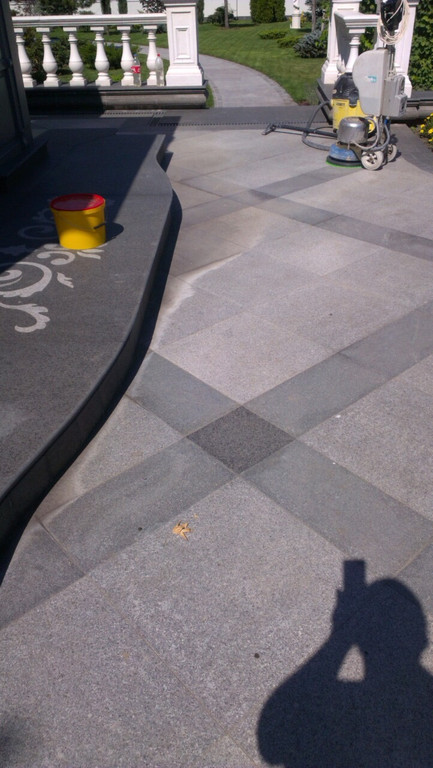 Гранит, плитка гранитная, изделия из гранита.Облицовка гранитом.