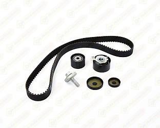 Комплект натяжитель + ролик + ремень ГРМ на Renault Scenic III 1.6 16V — SNR - KD455.57