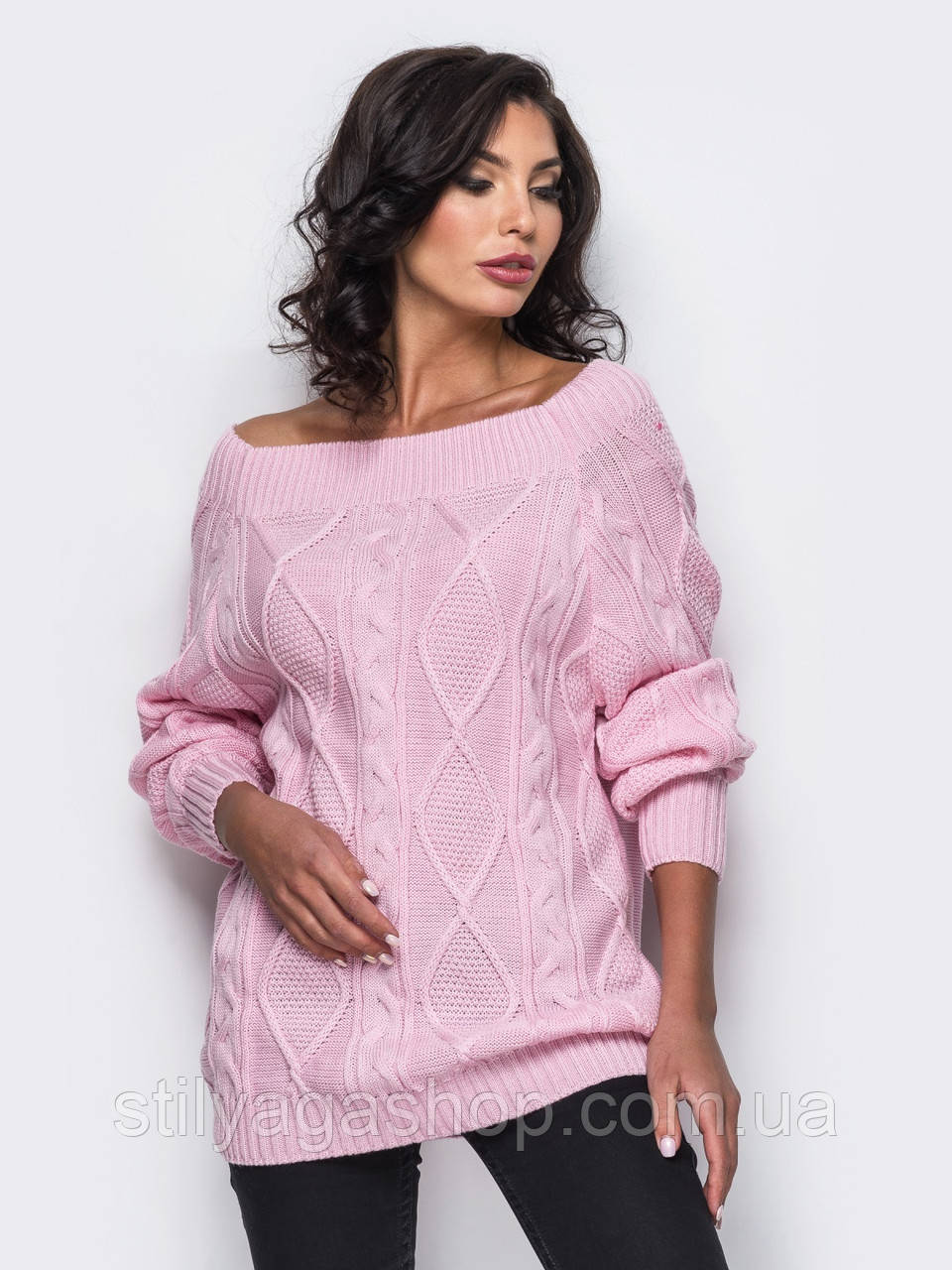 Стильный удлиненный свитер с рукавом реглан