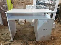Маникюрный стол со столешницей на хромированных опорах, стационарный стол для маникюра. Модель А190 белый, фото 1