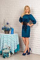 Красивое женское платье прямого покроя