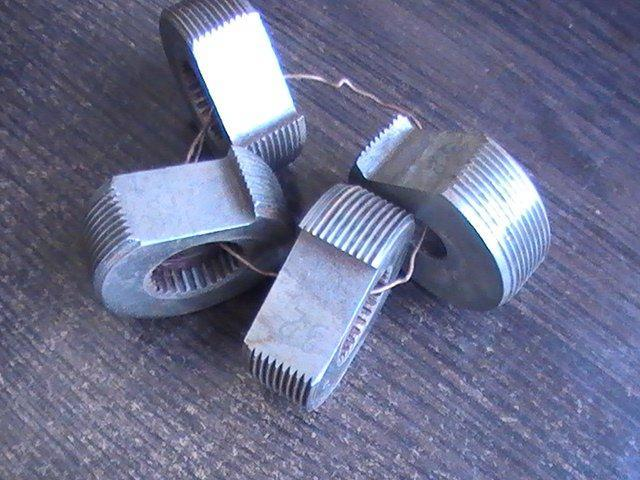 Гребенка круглая к винтонарезным головкам 2-2 Р18 (к-кт из 4шт.)