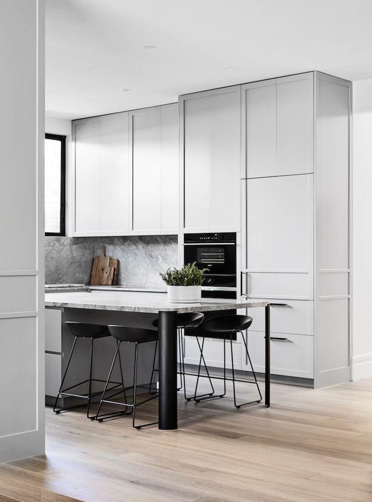 Кухня белая в стиле лофт Хит продаж