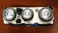 Блок управления печкой с кондиционером Mitsubishi Colt MN164569 / 69667301