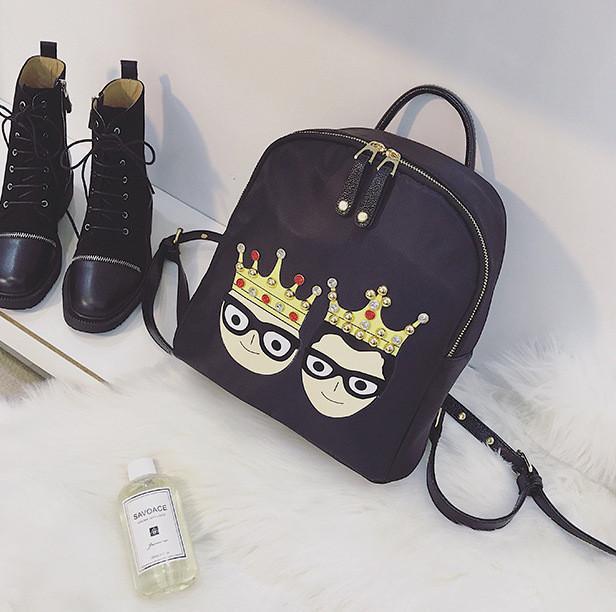 Модний міні-рюкзак з нашивками