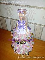 Кукла Даша из конфет