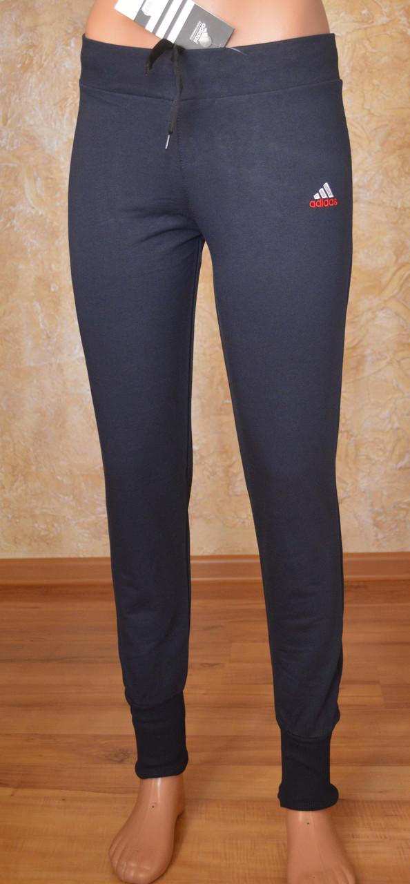 Женские спортивные штаны на манжетах